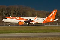 easyJet G-EZOO Airbus A320-214 Geneva Int'l - LSGG