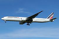 F-GZNR - B77W - Air France