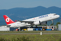 Turkish Airlines TC-JPY Airbus A320-214 Basel/Mulhouse EuroAirport - LFSB