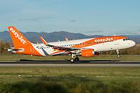 easyJet G-EZOU Airbus A320-214 Basel/Mulhouse EuroAirport - LFSB
