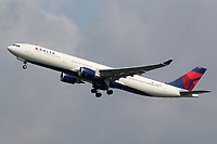 N829NW - A333 - Delta Air Lines