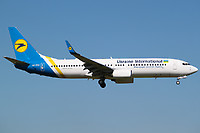 UR-PSQ - B738 - Ukraine Int. Airlines