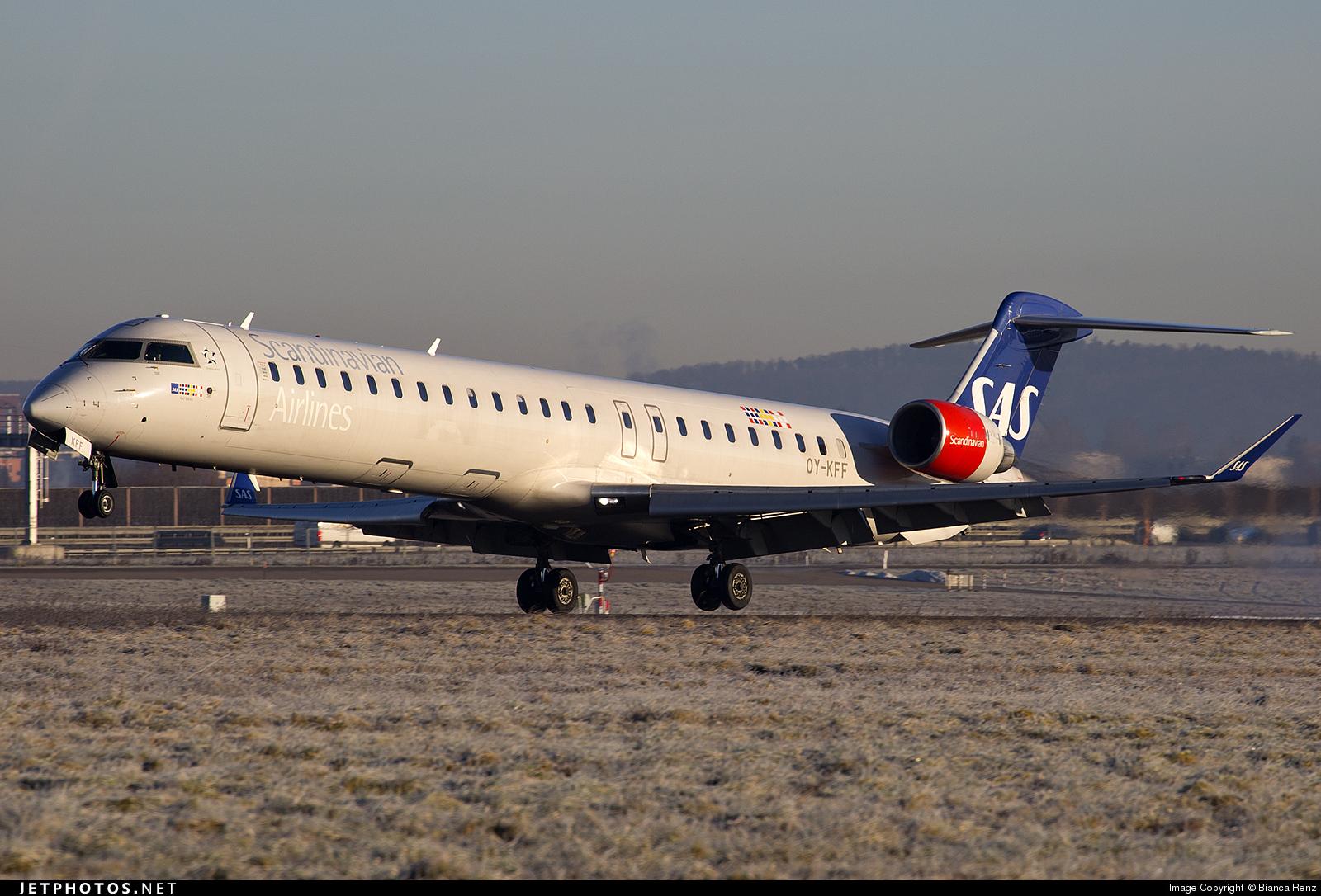 Bombardier CRJ700 series  Wikipedia