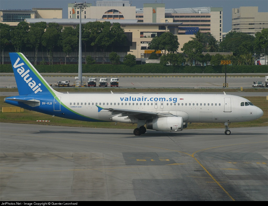 Photo of 9V-VLB Airbus A320-232 by Guenter Leonhard