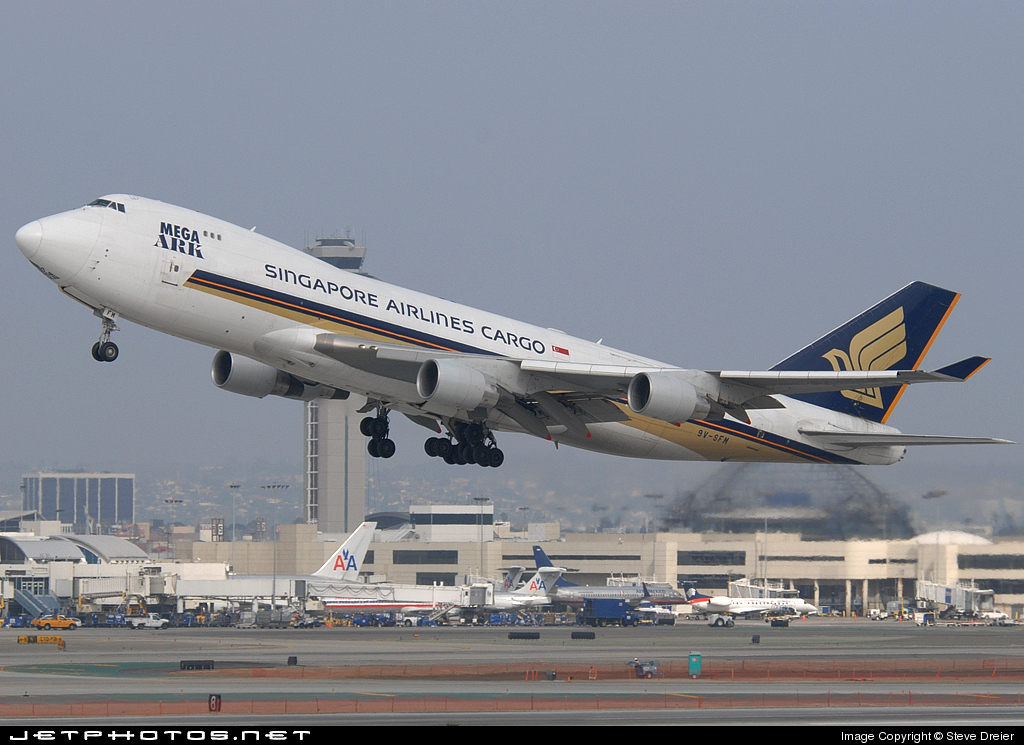 Photo of 9V-SFM Boeing 747-412F(SCD) by Steve Dreier