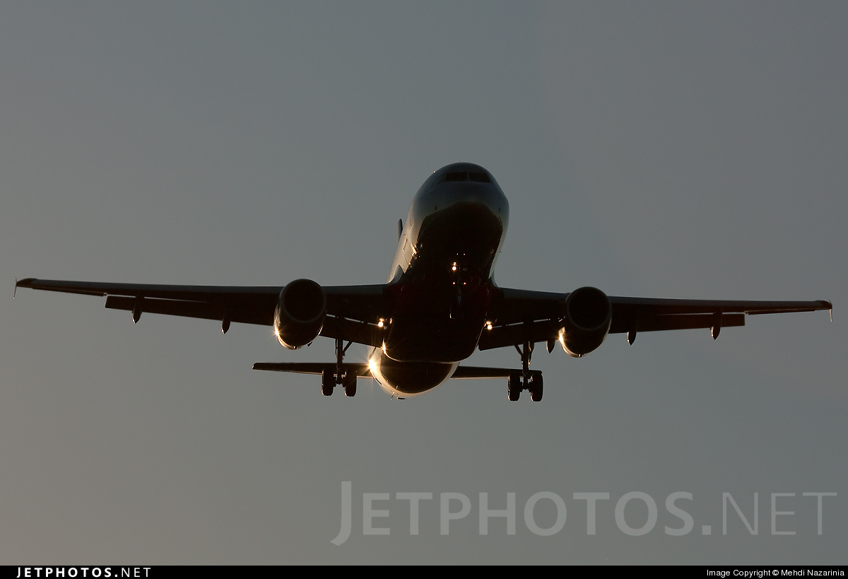 Photo of VH-VQL Airbus A320-232 by Mehdi Nazarinia - MehdiPhotos.com