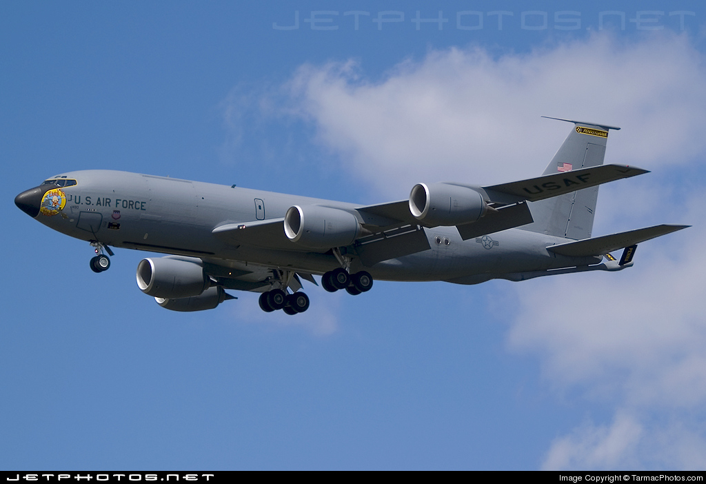 Photo of 59-1490 Boeing KC-135T Stratotanker by TarmacPhotos.com