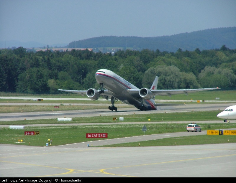 Photo of 9M-MRJ Boeing 777-2H6(ER) by Thomas Luethi