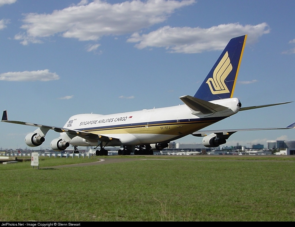 Photo of 9V-SFJ Boeing 747-412F(SCD) by Glenn Stewart