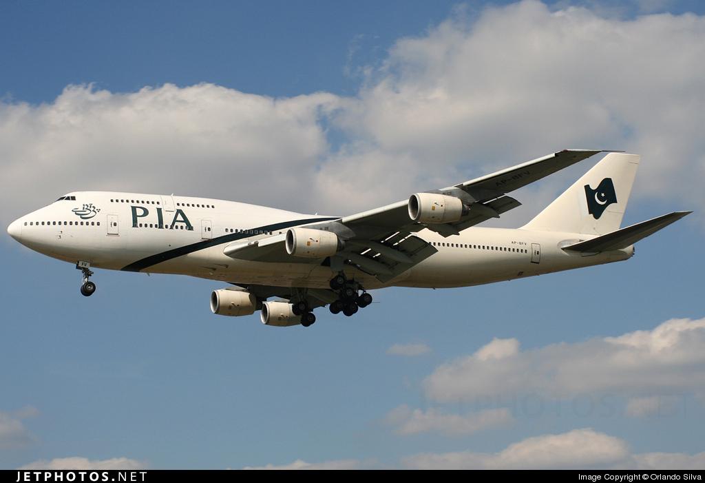 Photo of AP-BFV Boeing 747-367 by Orlando Silva