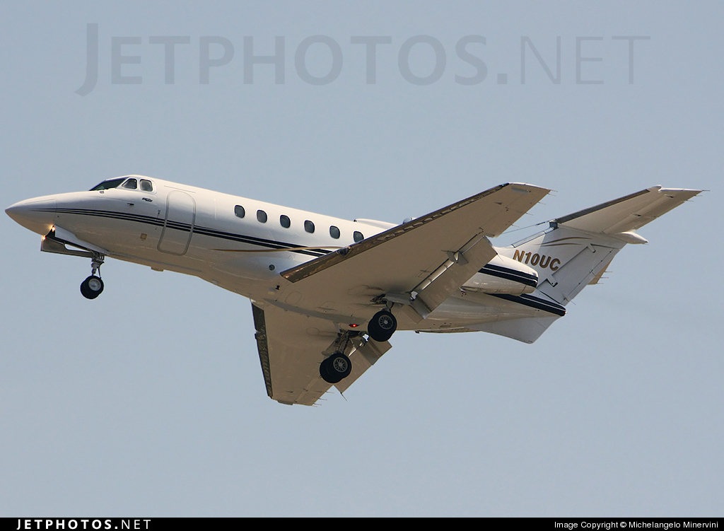 Photo of N10UC Hawker-Siddeley HS-125-700A by Michelangelo Minervini