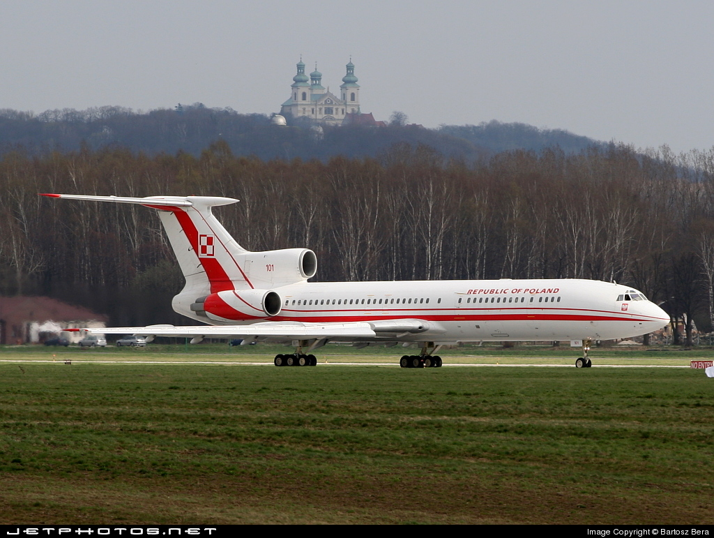 Photo of 101 Tupolev Tu-154M by Bartosz Bera