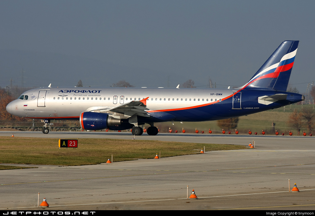 Photo of VP-BWM Airbus A320-214 by tinymoon