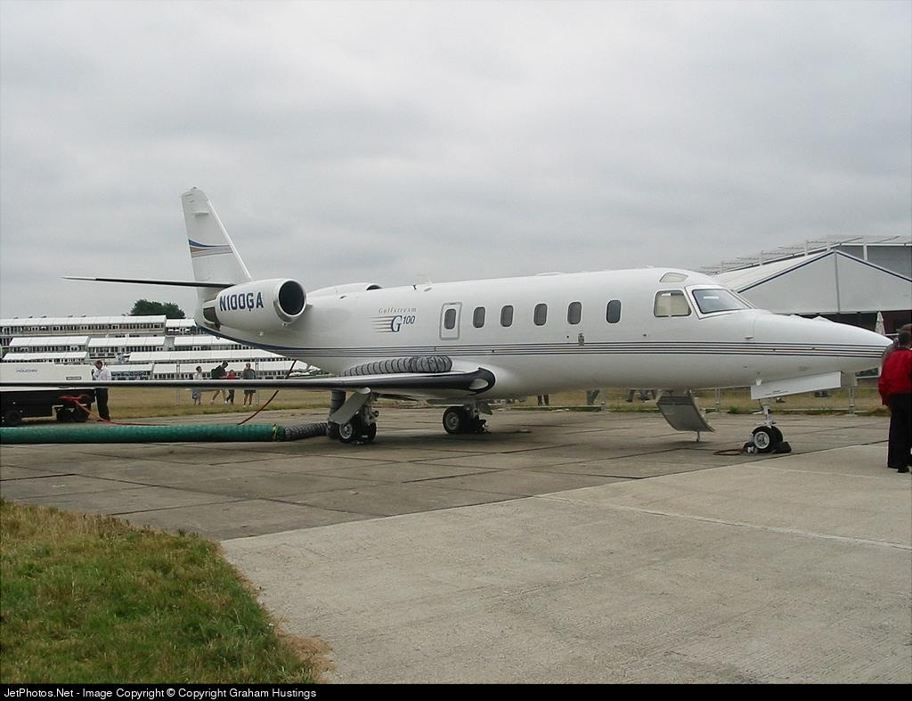 Photo of N100GA Gulfstream G100 by Graham Hustings