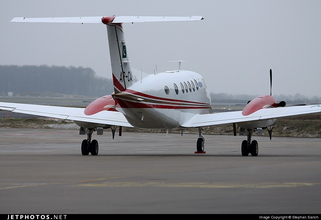 Photo of AP-CAB Beechcraft B200GT Super King Air by Stephan Sarich