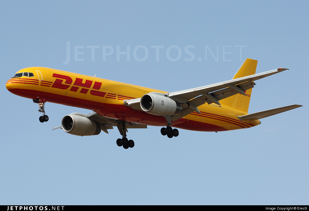 Photo of D-ALEJ Boeing 757-23A(PF) by ErezS