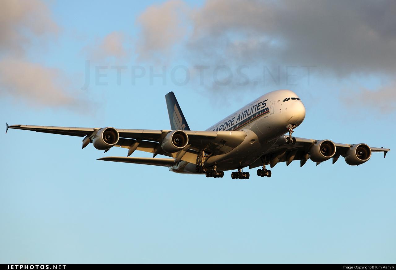 Photo of 9V-SKE Airbus A380-841 by Kim Vanvik