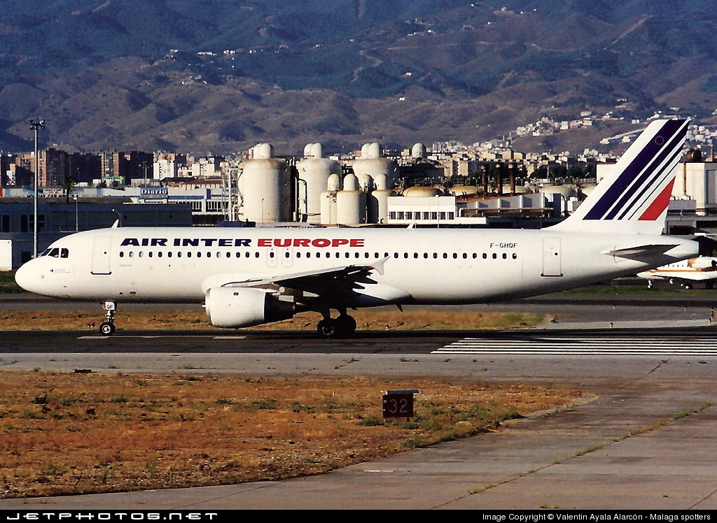 Photo of F-GHQF Airbus A320-211 by Valentin Ayala Alarcón - Malaga spotters