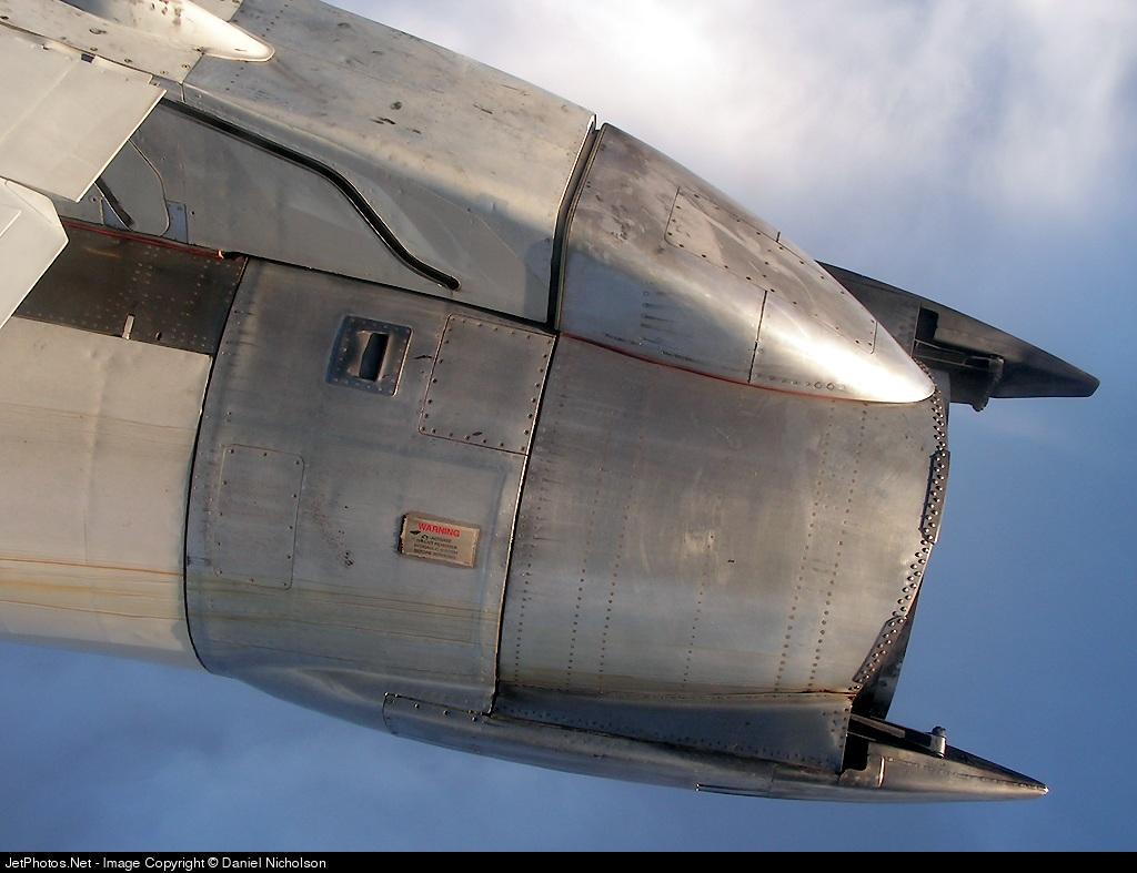 Photo of EI-CNT Boeing 737-230(Adv) by Daniel Nicholson