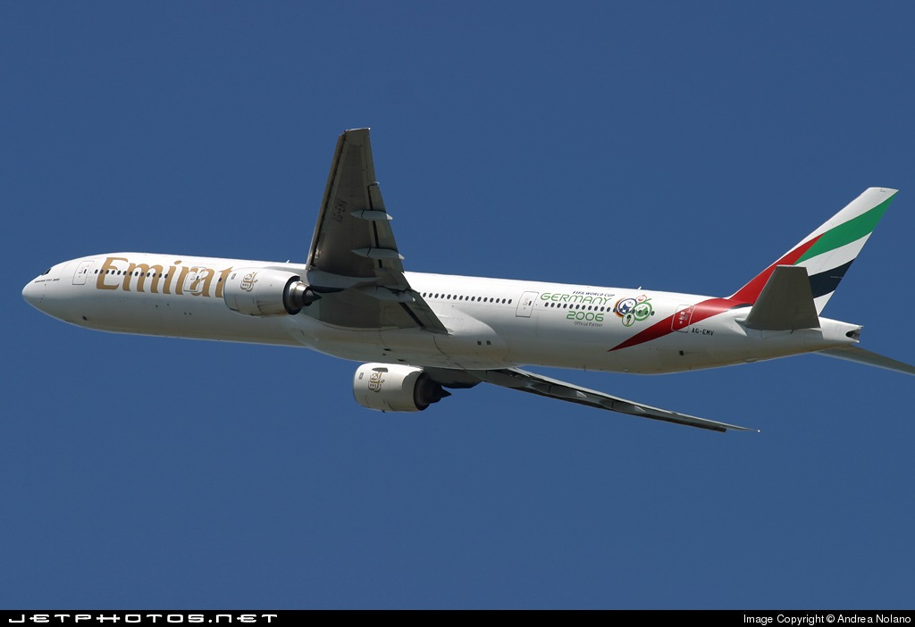 Photo of A6-EMV Boeing 777-31H by Andrea Nolano