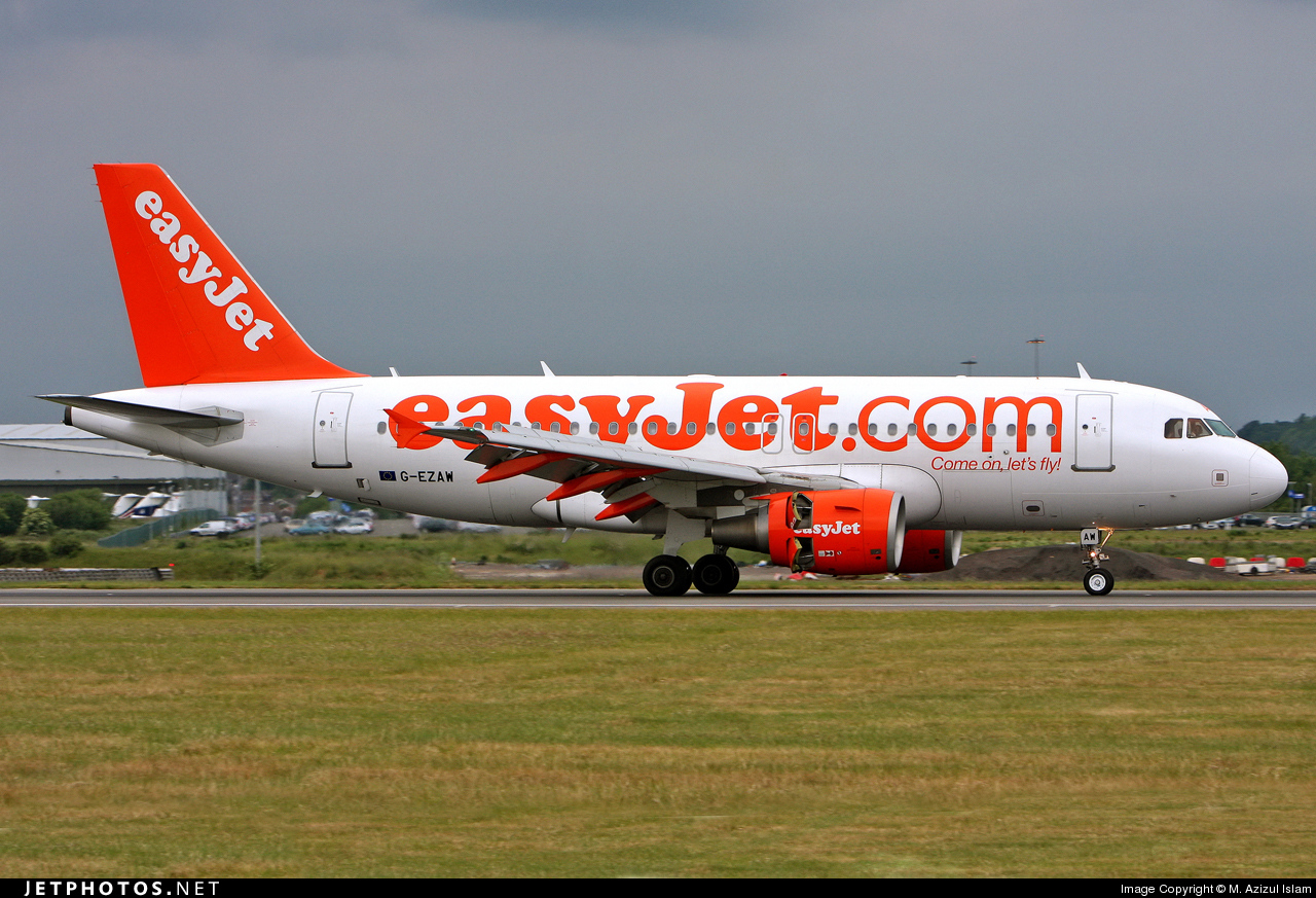 Photo of G-EZAW Airbus A319-111 by M. Azizul Islam