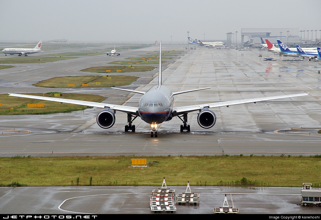 Photo of N797UA Boeing 777-222(ER) by kanehoshi