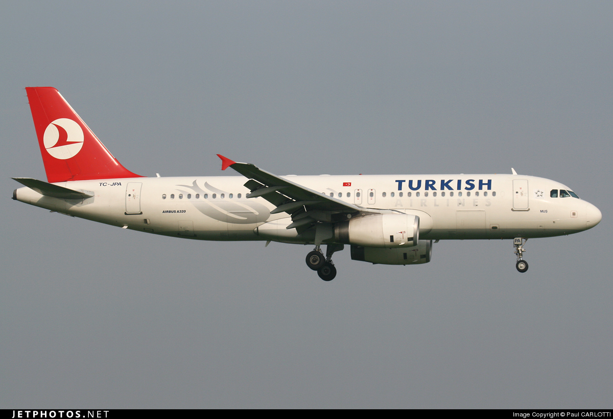 Photo of TC-JPA Airbus A320-232 by Paul CARLOTTI