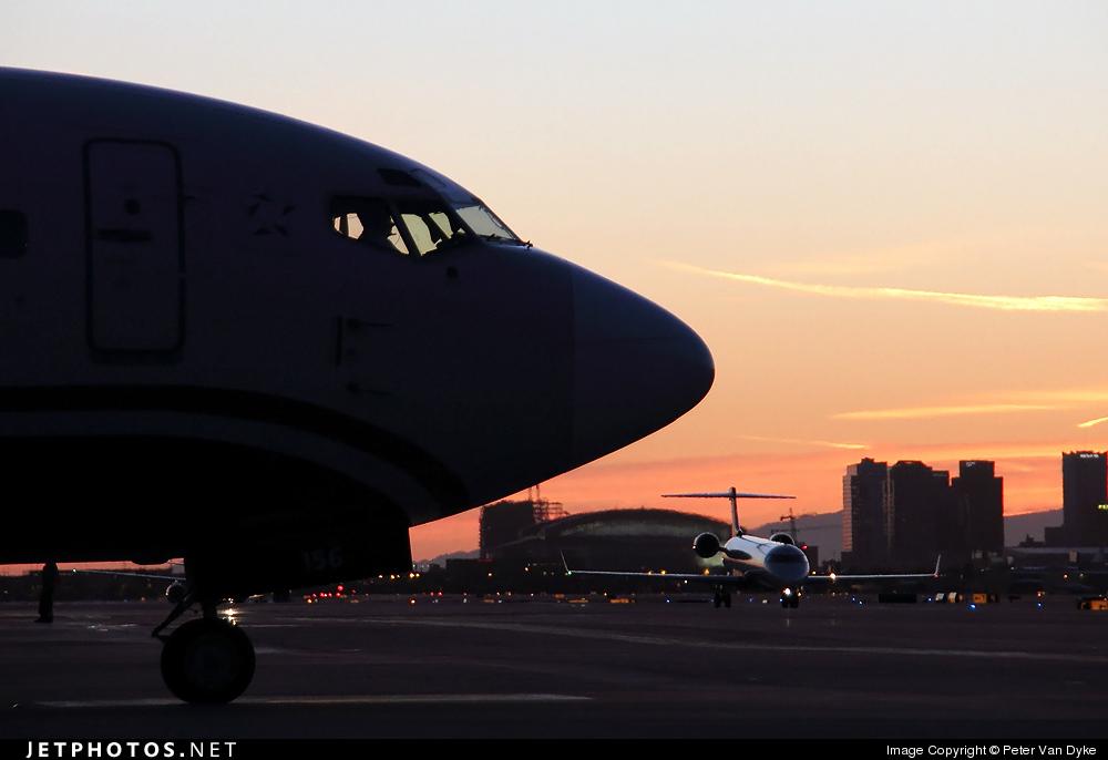 Photo of N156AW Boeing 737-3G7 by Peter Van Dyke
