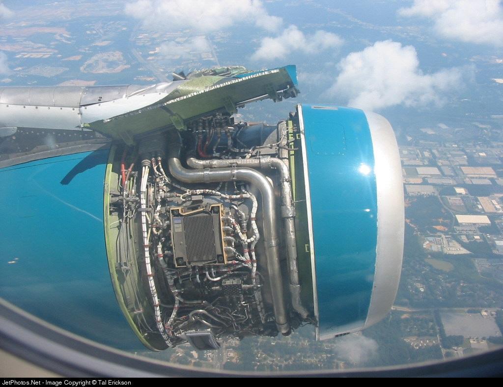 Photo of N951LF Airbus A320-232 by Tal Erickson