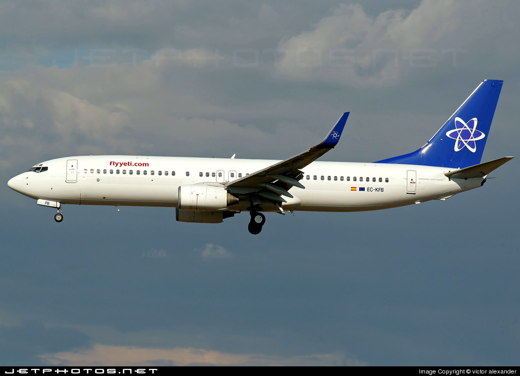 Photo of EC-KFB Boeing 737-86N by victor alexander