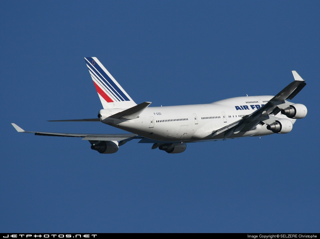 Photo of F-GISD Boeing 747-428 by SELZERE Christophe