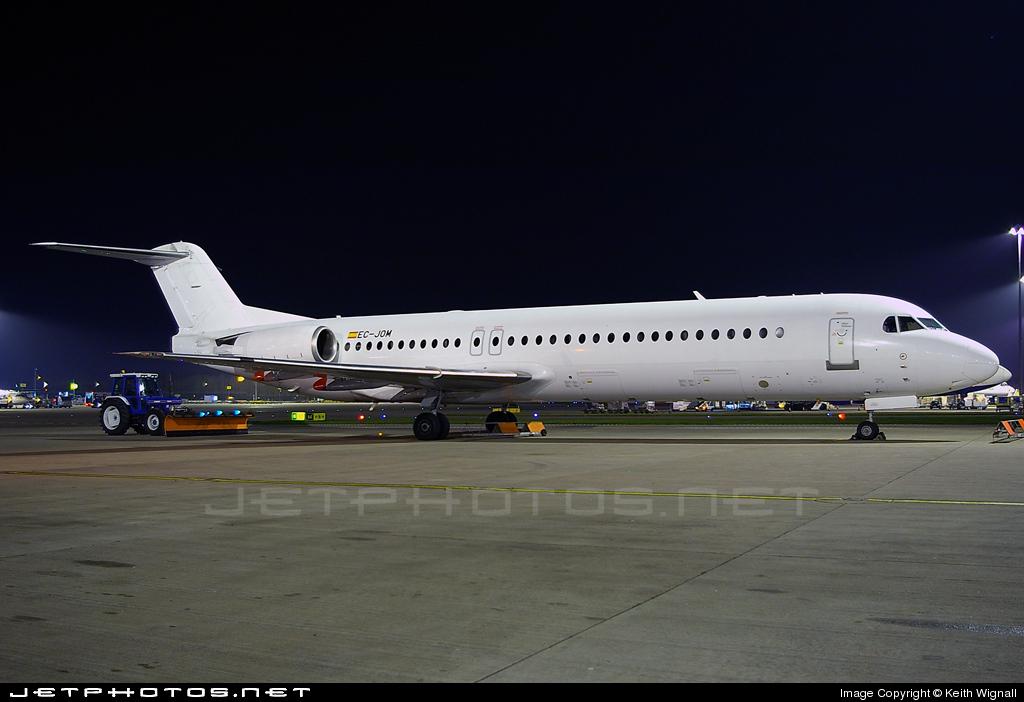 Photo of EC-JOM Fokker 100 by Keith Wignall