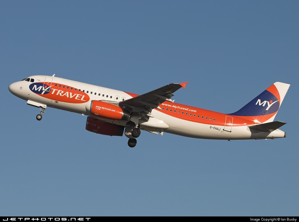 Photo of G-FHAJ Airbus A320-231 by Ian Busby