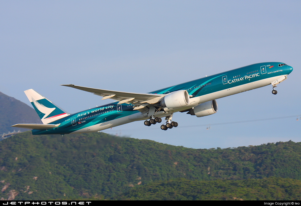 Photo of B-KPF Boeing 777-367ER by leo