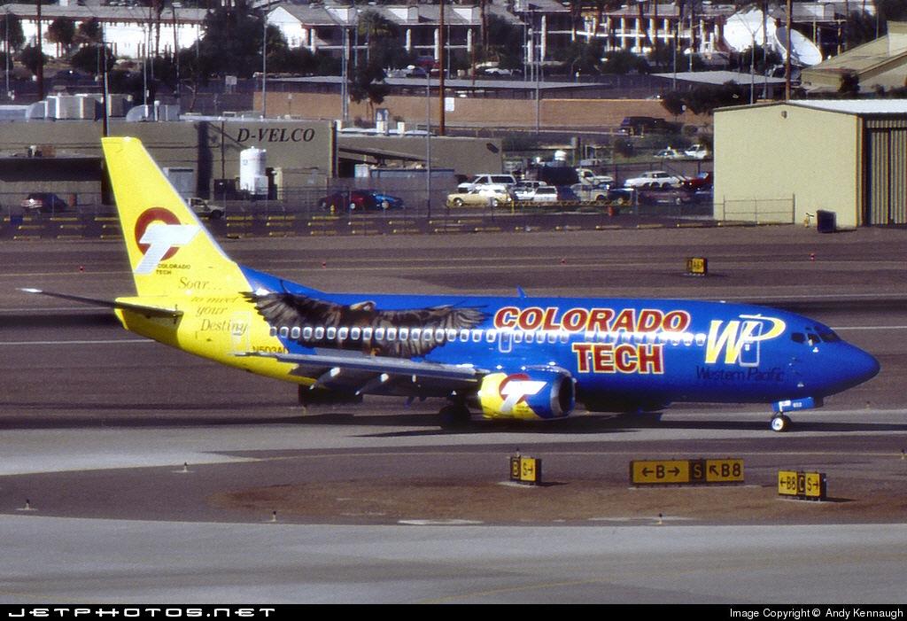Photo of N503AU Boeing 737-3B7 by  Andy Kennaugh
