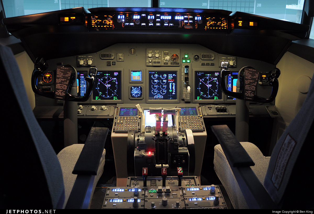 Photo of SIMULATOR Boeing 737-800 by Ben King