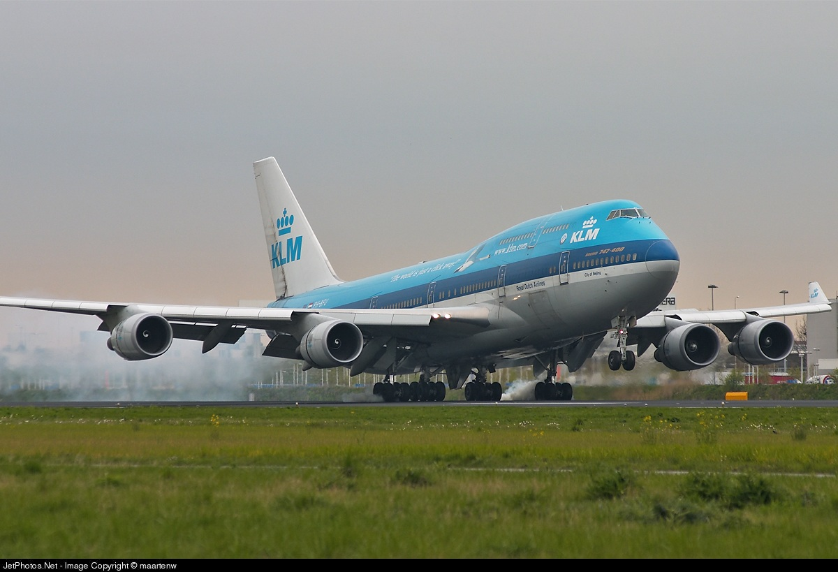 Photo of PH-BFU Boeing 747-406(M) by maartenw