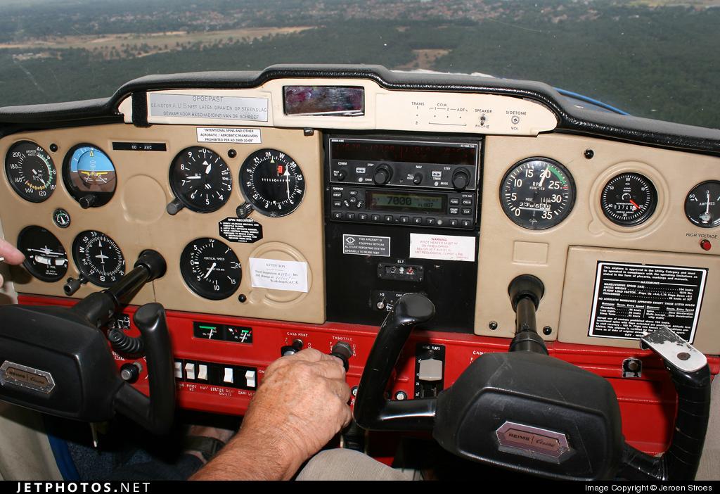 Photo of OO-AWC Reims-Cessna F152 II by Jeroen Stroes