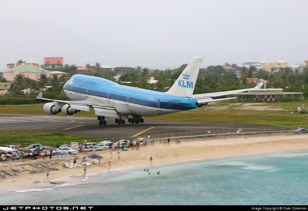 Photo of PH-BFG Boeing 747-406 by Dale Coleman