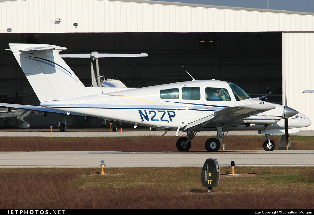 Photo of N2ZP Beechcraft 76 Duchess by Jonathan Morgan
