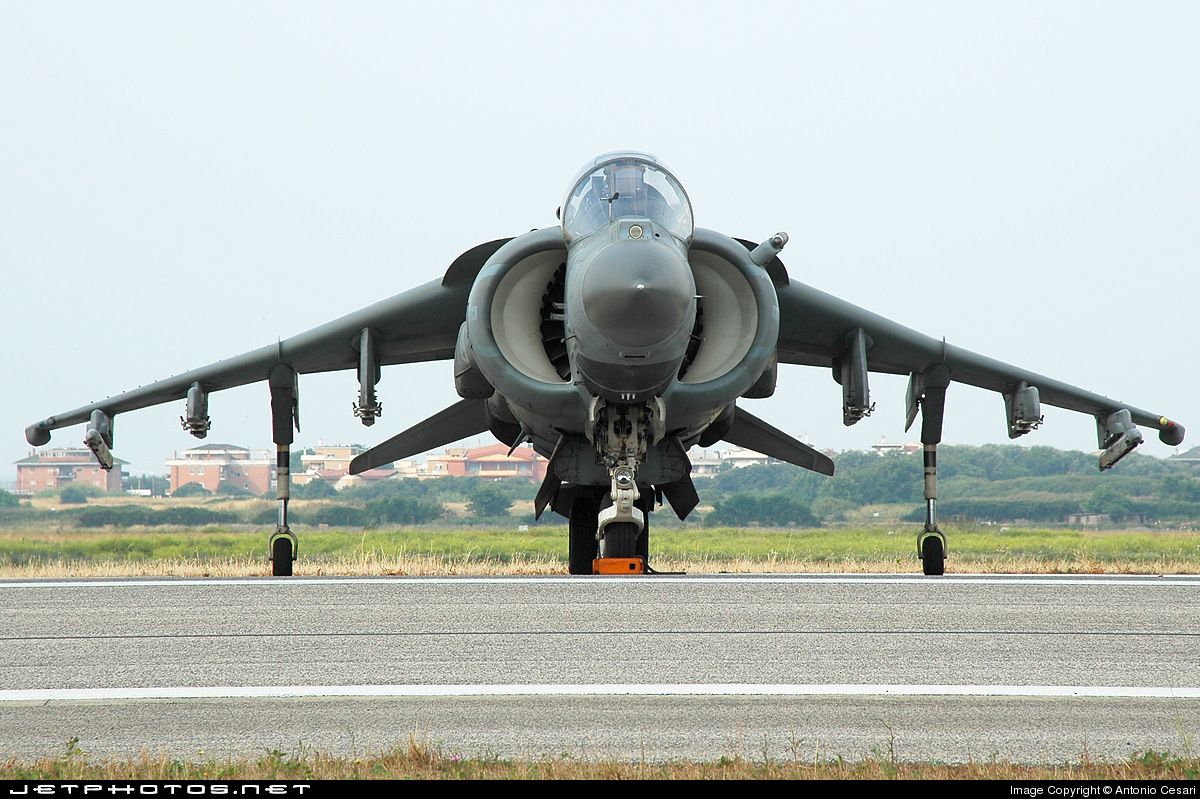 Photo of MM55033 Boeing TAV-8B Harrier II by Antonio Cesari