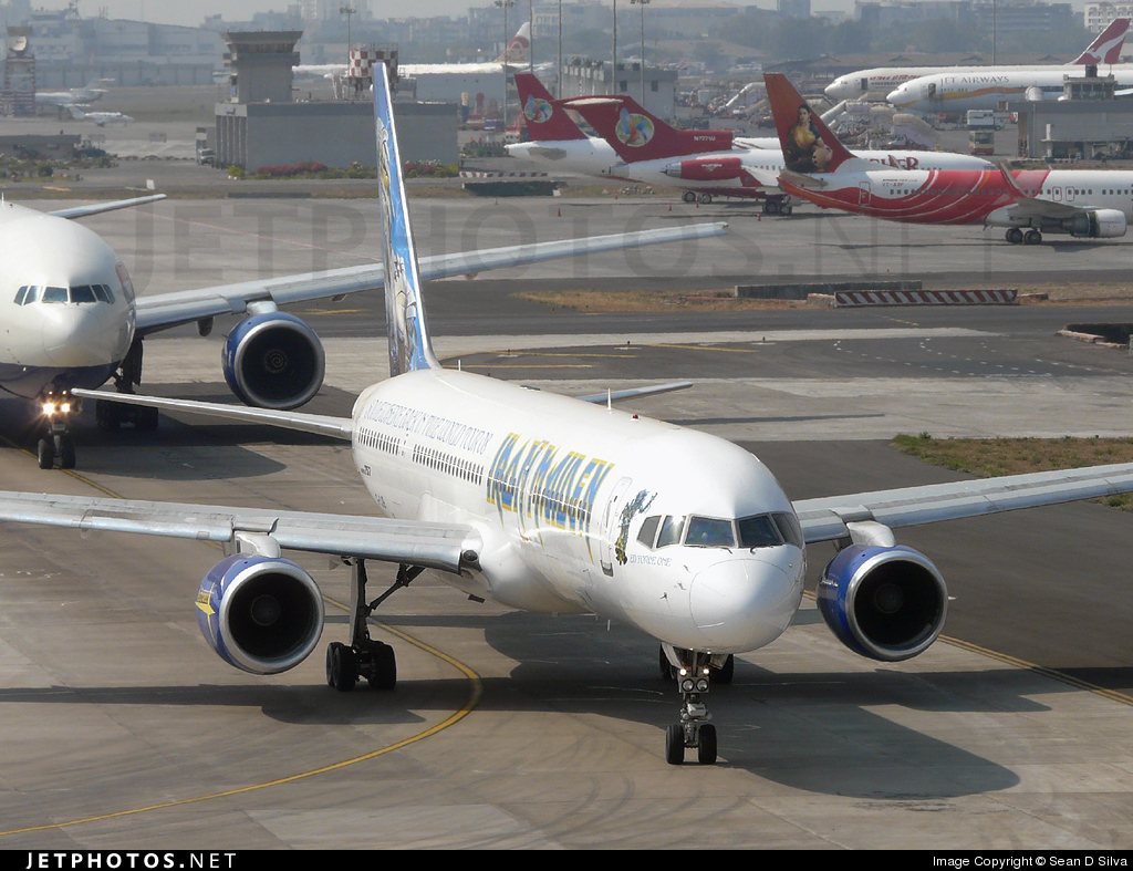 Photo of G-OJIB Boeing 757-23A by Sean D Silva