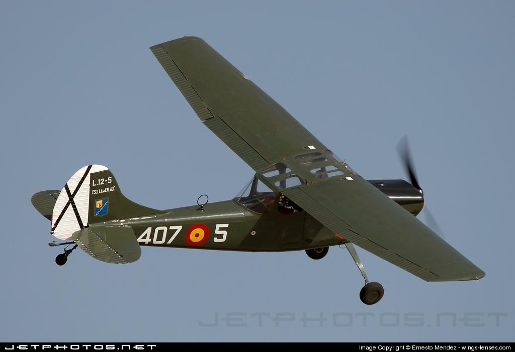 Photo of EC-DQX Cessna L-19A Bird Dog by Ernesto Mendez - wings-lenses.com