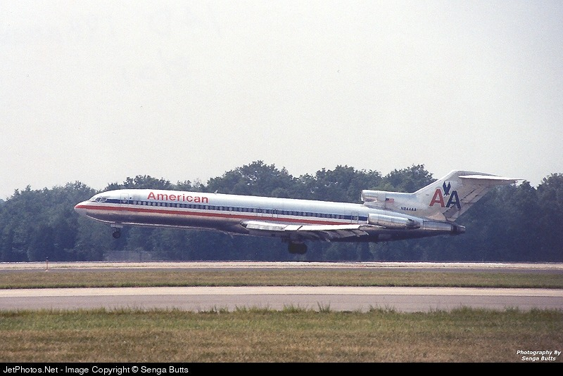 Photo of N844AA Boeing 727-223(Adv) by Senga Butts