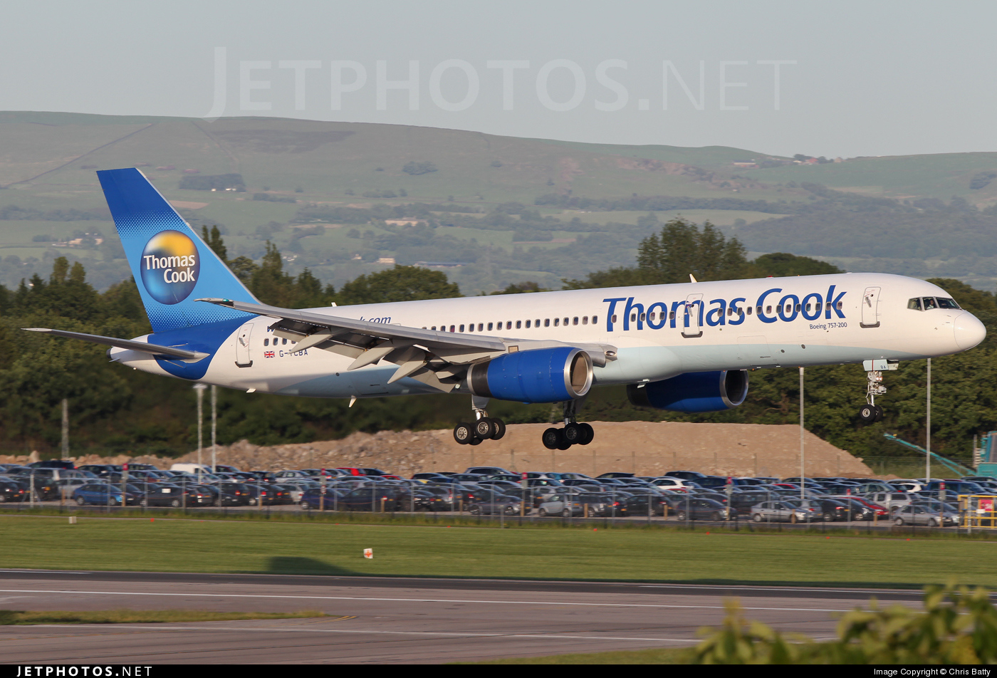 Photo of G-TCBA Boeing 757-28A by Chris Batty