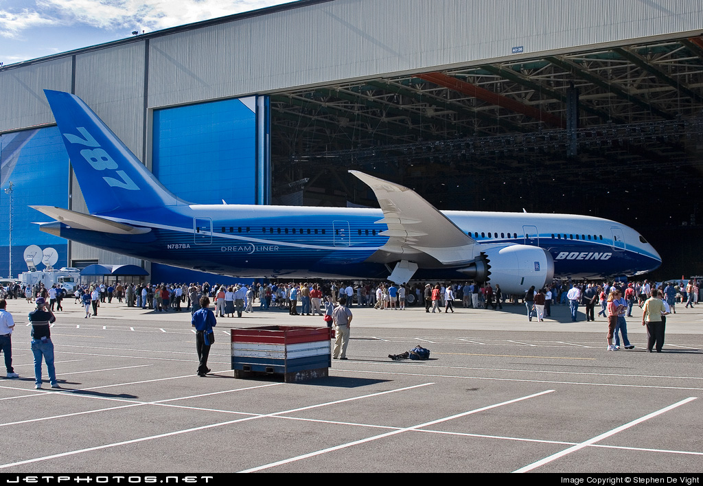 Photo of N787BA Boeing 787-8 Dreamliner by Stephen De Vight