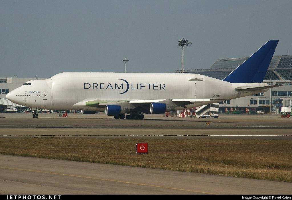 Photo of N718BA Boeing 747-4H6(LCF) by Pavel Koten
