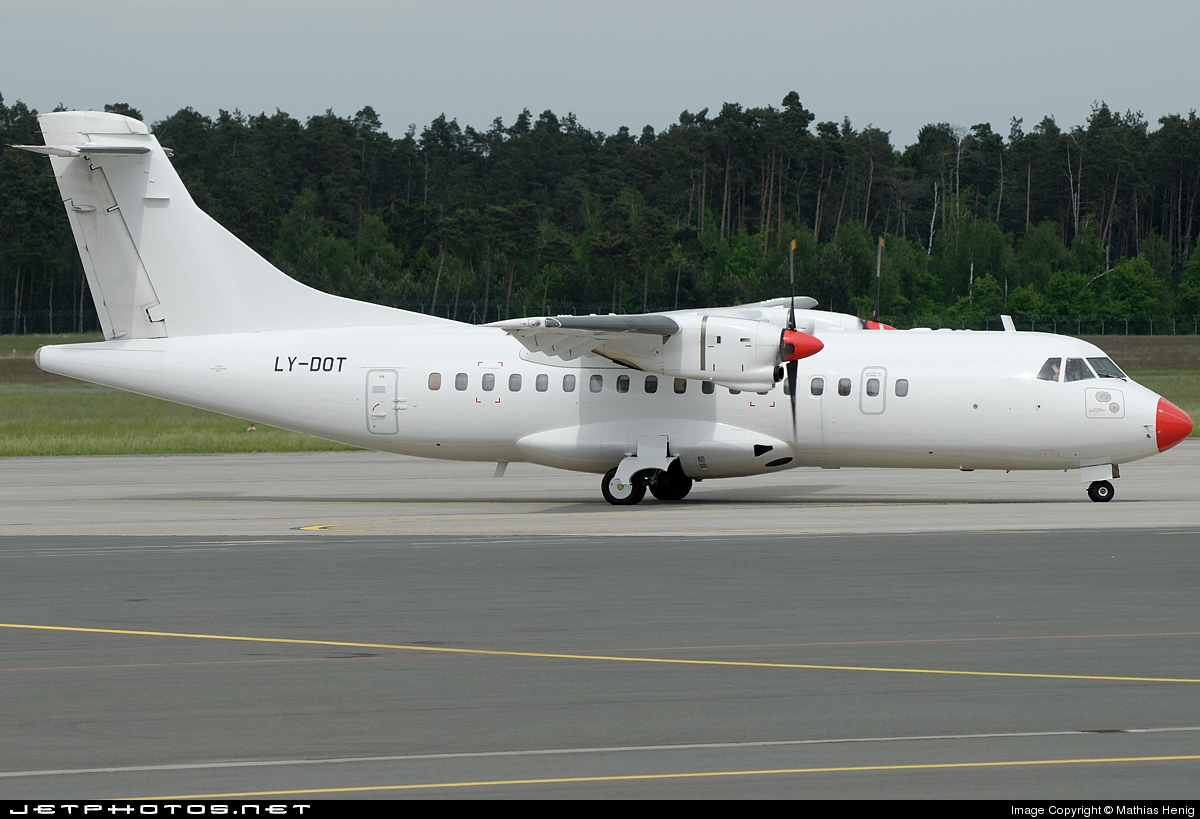 Photo of LY-DOT ATR 42-300 by Mathias Henig