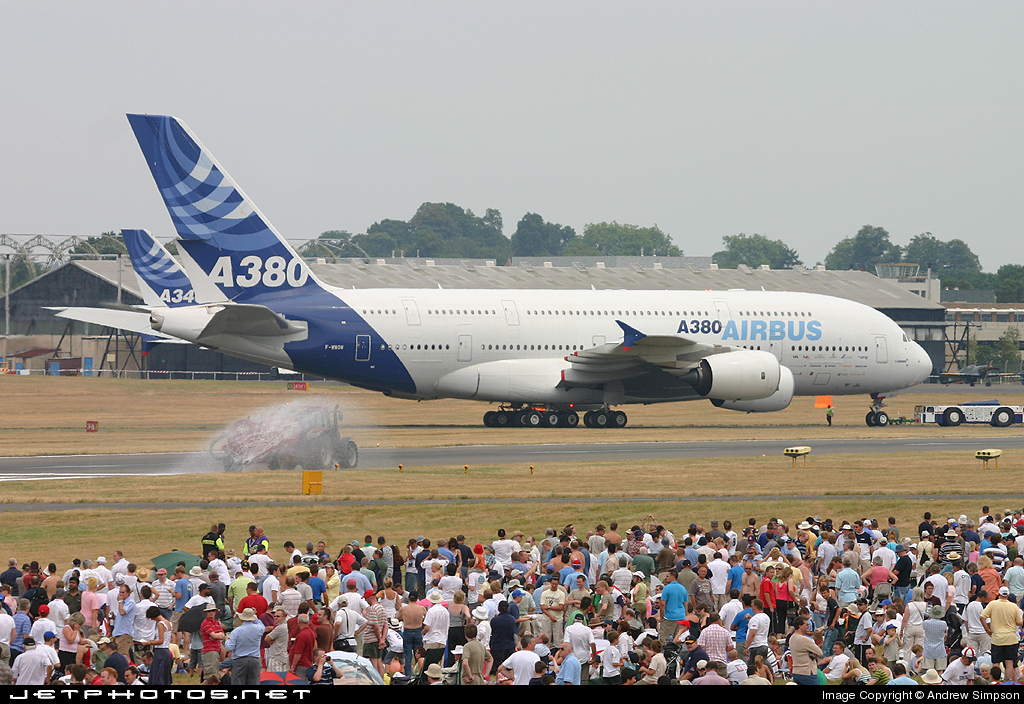 Photo of F-WWOW Airbus A380-841 by Andrew Simpson