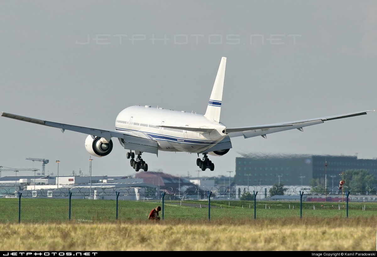 Photo of N777AS Boeing 777-24Q by Kamil Paradowski